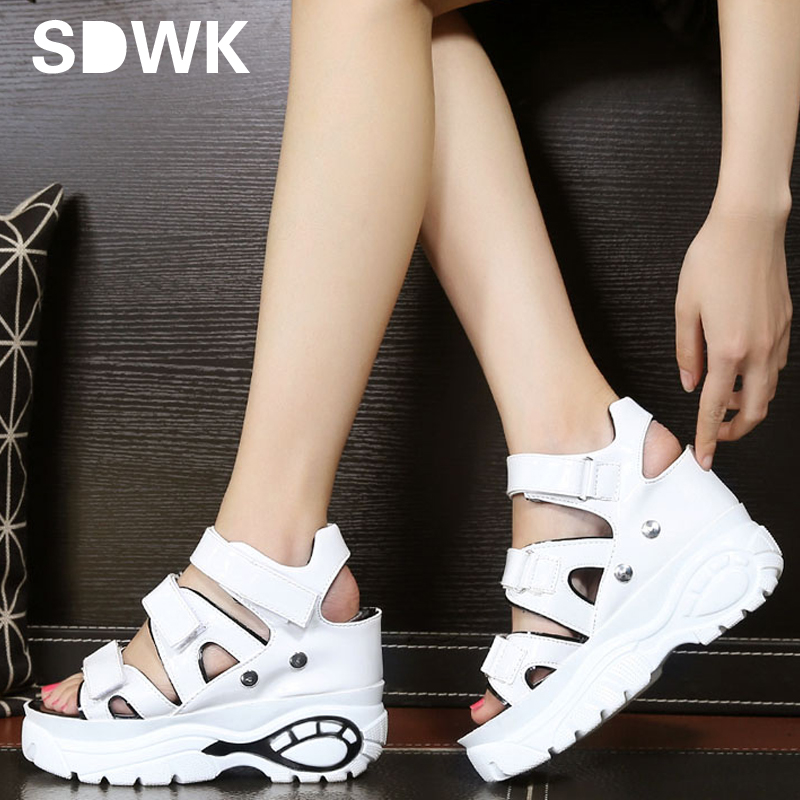 Women Sandals 2017 Summer New Fashion Platform Sandals Wedges Thick Bottom Casual Women Shoes Comfortable White Silver Sandals(China (Mainland))