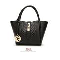 2017 new fashion women messenger bag crocodile pattern LASH bag hand shoulder messenger bag