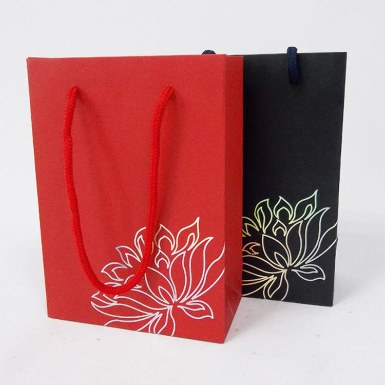 wholesale jewelry bags and packaging paper gift bags