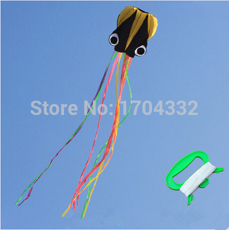 Free S Outdoor Fun Sports 2015 NEW Nylon Cloth 4m Power Octopus Software Kite With Handle And Line Good Flying(China (Mainland))