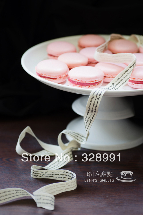 Factory Wholesale free shipping silicone Macaron special silicone pad (trumpet 30 round mold)(China (Mainland))
