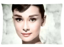 Audrey Hepburn Night Kiss Waist Zippered Pillow Cases Cushion