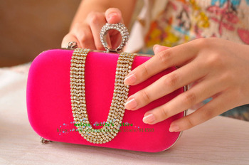 2015 Luxury  Day Clutch Lady Recommend knuckle clutch Classic Rhinestone red/rose red/Black silver frame and silver chain x010