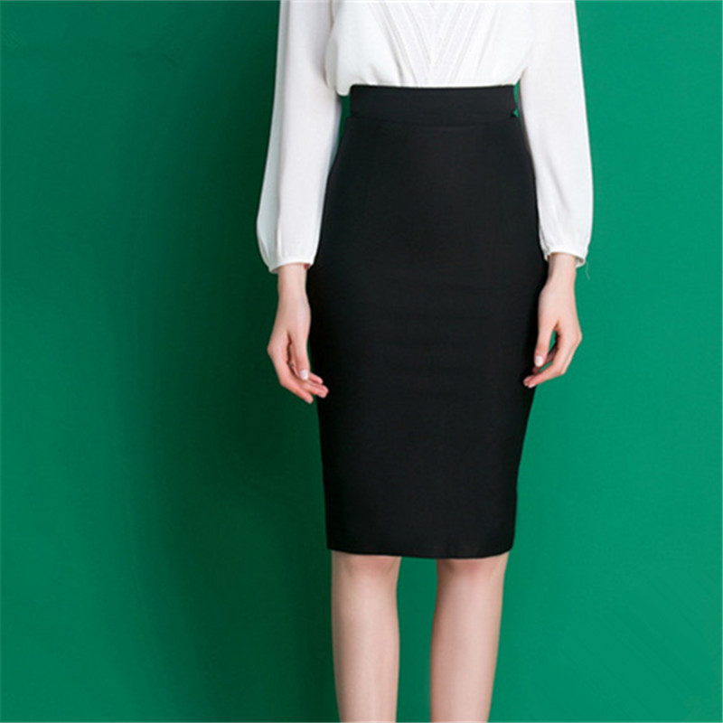 The pencil skirt's off duty cousin, the Long Fleece Skirt from Frank & Eileen features a raw edge, dolphin hem and their signature ultra-soft jersey construction. Pair with the Layer Tank and Zip Front Jumper for an weekend look that's still sophisticated and polished.