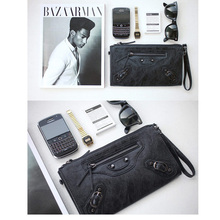 Popular Street Fashion Casual Vintage Rivet Simple Motorcycle Cool Boy Girl Lady Metal Zipper Rivet Card Long Clutch Hand Bag(China (Mainland))