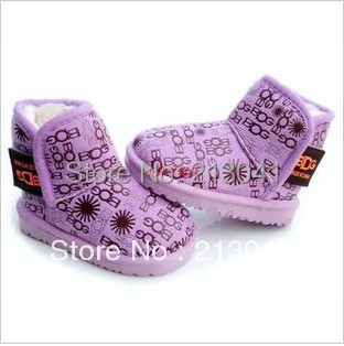 Authentic boots for children Value promotion(China (Mainland))