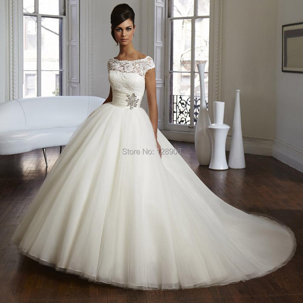 cap sleeve wedding dress What Bridal Jewelry Should I Wear With My Cap Sleeve Wedding Dress