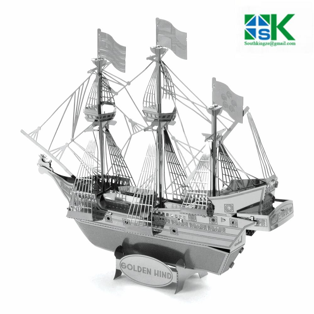 2016 New SHIPS 3D Metal model Etching Puzzles GOLDEN HIND creative gifts Stainless steel ornaments free shipping(China (Mainland))