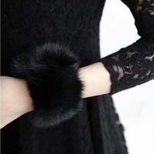 Manufacturers wholesale sleeve han edition cute joker maomao fur set of gloves female wrist cuff spot sell like hot cakes(China (Mainland))