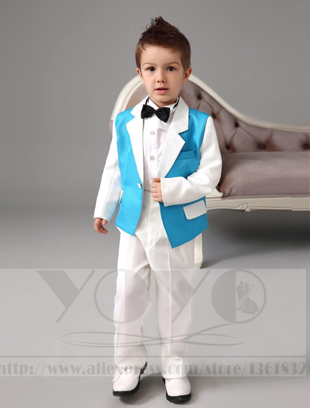 Скидки на Четыре Пьесы Роскошный формальные синий и белый костюмы для мальчиков Кольцо предъявителя Костюмы дети Смокинг С Черным Галстуком-бабочкой мальчиков наряд костюмы