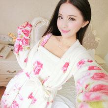 2015 winter new women bathrobes fleece warm women robes(China (Mainland))