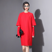 [TWOTWINSTYLE] 2016 Spring Women Sleeve Hole Hollow Out Dress Fleece Thicken O-neck Long Sleeve Fashion Dress(China (Mainland))