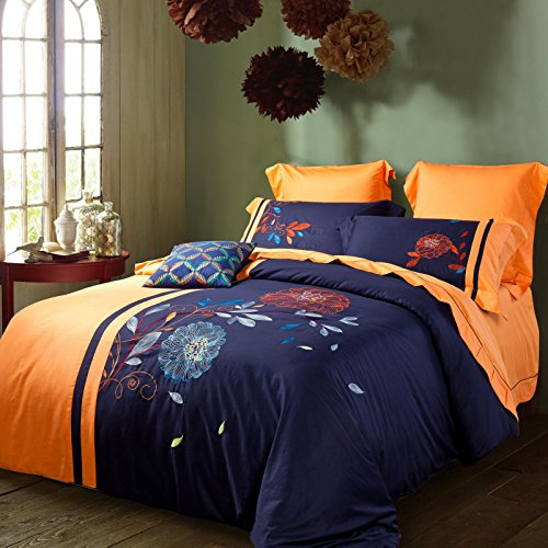 A Christmas comforter is the perfect bedding option for homes that don't need a heavy duvet but need more than just a light Christmas bedspread. Most Christmas comforters come with a medium level of polyfill that can be layered with matching red or green additional blankets if needed.