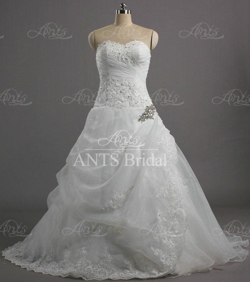 Aw209 elegant designer sweetheart white beaded long ball for Designer ball gown wedding dresses