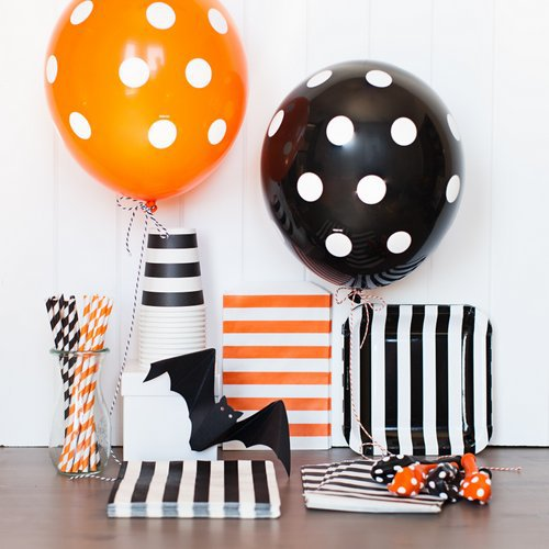 [PGP] Halloween Party Tableware Kit, Polka dot balloons Paper Stripes cups Straws Napkins Bags Plates, for Kids Decoration Set(China (Mainland))