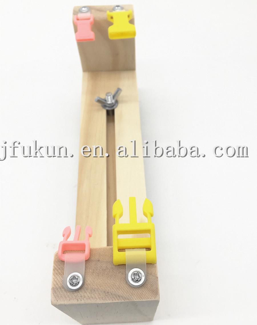 Developing Children's Intelligence New Arrival DIY Mini Paracord Bracelet Jig Paracord Weaving Tools Wood Bracelet Makers(China (Mainland))