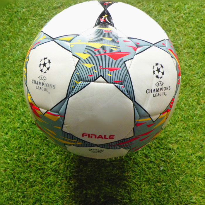 New The European UEFA Champions League soccer ball A02004 size 5 Competition Training match football free shipping(China (Mainland))