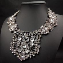 2015 new vintage full transparent bib rhinestone big chunky necklace for girls baroque royal big long chunky rhinestone necklace(China (Mainland))