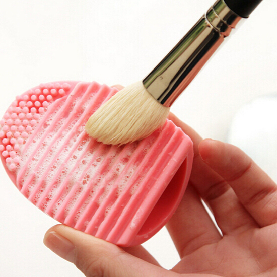 how to deep clean makeup brushes at home