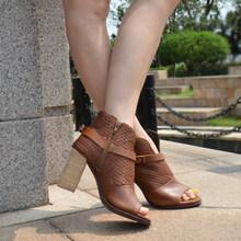 Prova Perfetto 2019 Yaz Yeni Stil Kadın yarım çizmeler Avrupa Yüksek Topuklu Çizmeler Stingray Cilt Platformu Peep Toe Ayakkabı Kadın(China)