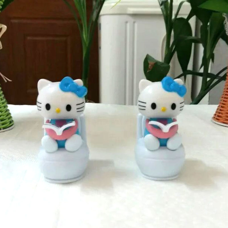Pvc Retail Package 8 Pieces Per Lot Swing No Battery Novelty Toys Home Decorations Solar Nodding Closestool Hello Kitty(China (Mainland))