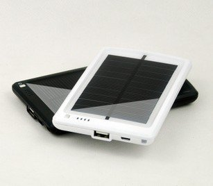 Wholesale - 3000mAH Solar Battery USB Charger, black color mobile phone solar charger for iphone/htc/gps/DV