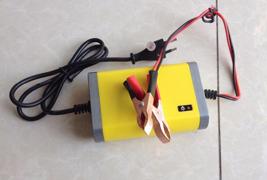 AC 220V Car Motorcycle Battery Charger 12V 2A Automatic Power Supply Adaptor EU /US(China (Mainland))