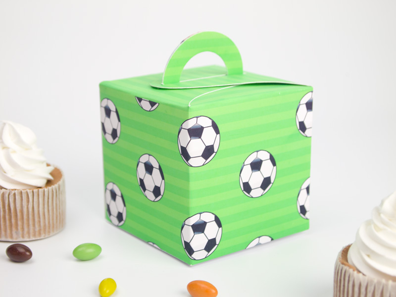 Soccer Theme Favor Box Cupcake Box Candy Box 10PCS/lot Soccer Party Decorations Kids Event & Party Supplies(China (Mainland))