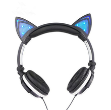 Cute Cat Wired Girl Kid Foldable Headphone Stereo Headset Headband Earphone with LED Cosplay Headphones Suitable for Gift Gilr