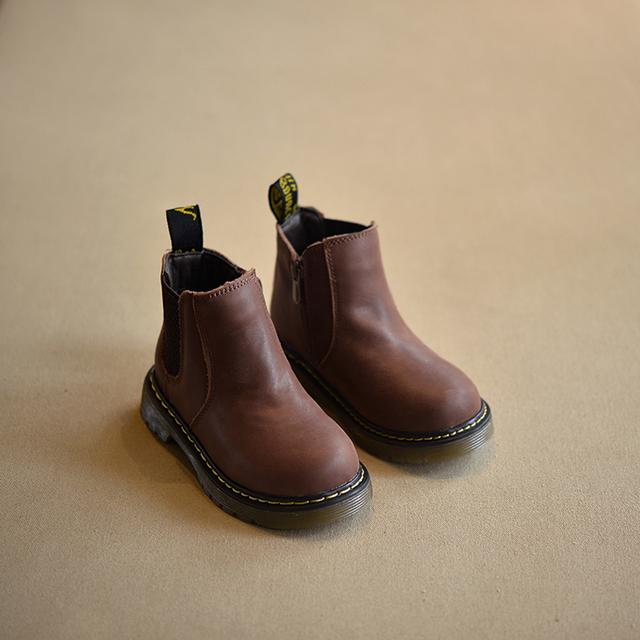 2016 Осень зима Новый ручной комфортно девочек сапоги кожаные Мартин сапоги мальчиков моды дети сапоги Высокого Качества детская обувь