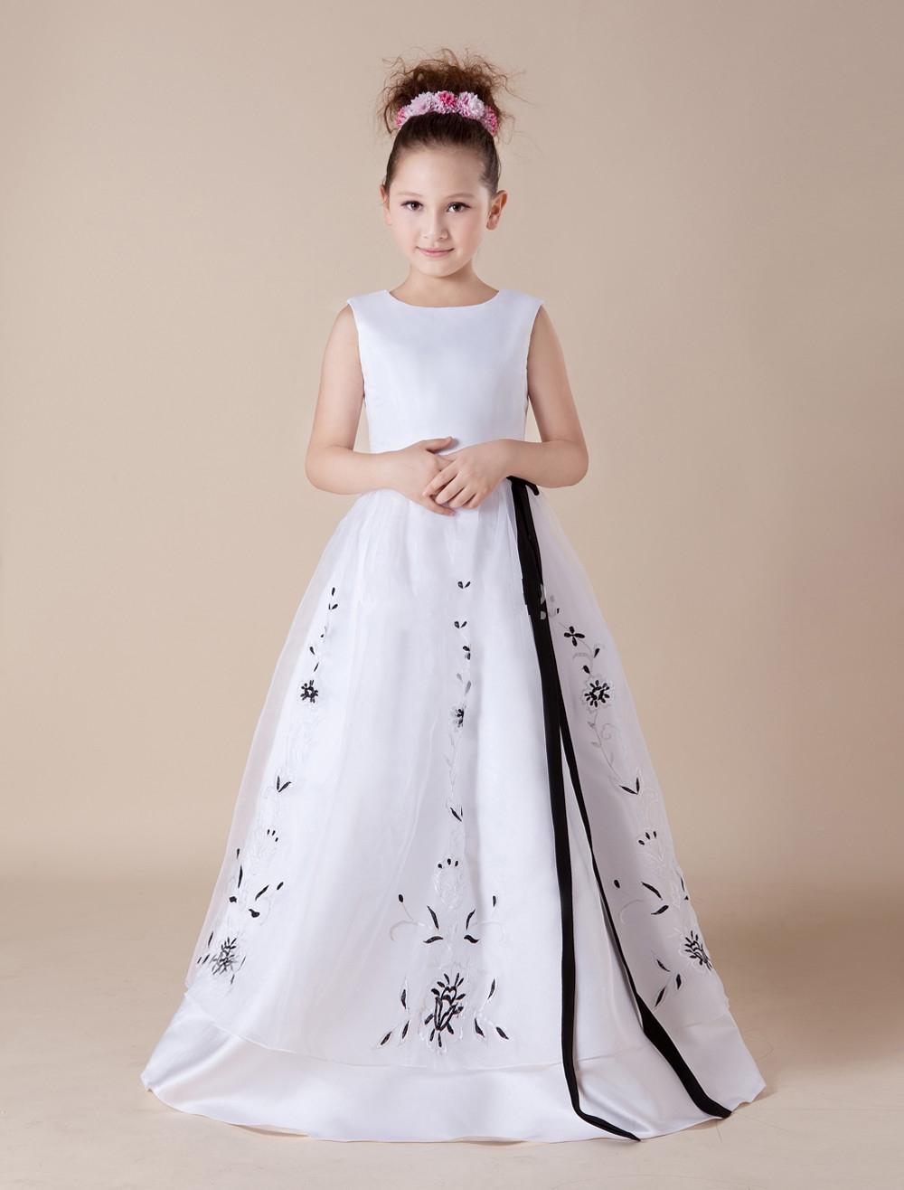 Kleider für Blumenmädchen und Hochzeiten
