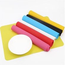 Silicone Thicken Pure Color Heat Proof Non-Toxic Table Mat Dining Table Mat Baking Mat Kitchen Accessories