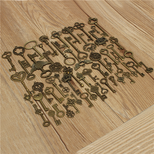 69pcs Antique Vtg old look Bronze Skeleton Keys Lot Pendant Fancy Heart Bow Jewelry(China (Mainland))