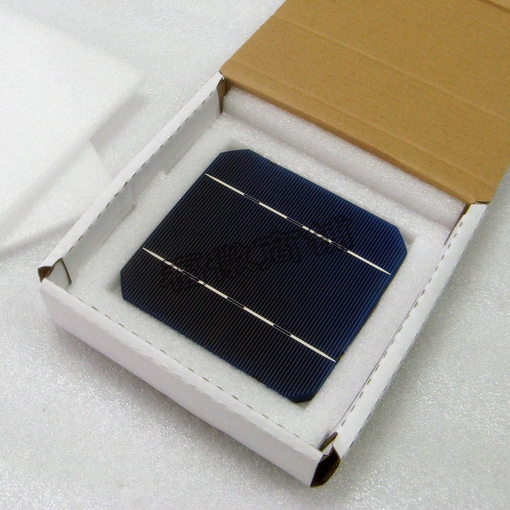 Direct import of 125 monocrystalline silicon solar cells intact piece 26w solar panel dedicated(China (Mainland))