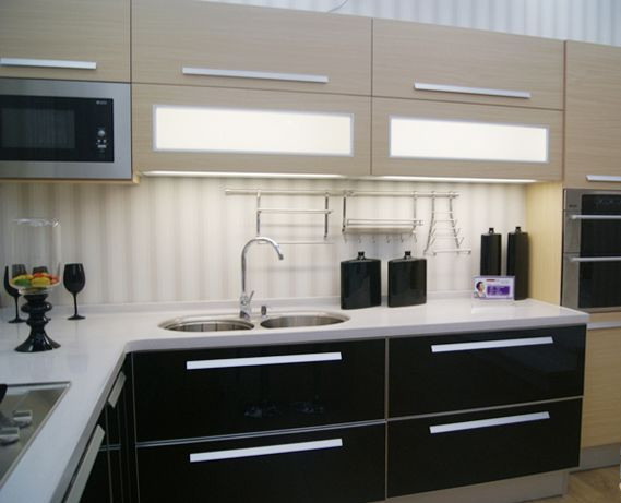 Black modern kitchen cabinets sale in kitchen cabinets for Black kitchen units sale