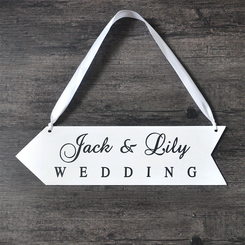Personalized Names Wood Board Wedding Sign Wood Wedding Directional Signs Reception Directional Arrow(China (Mainland))