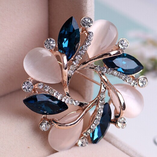 Luxury Brand Women Fine Jewelry Famous Relogios Feminino Fashions Flowers Brooches Bijuterias Filled Gold Plated Broches Bijoux(China (Mainland))