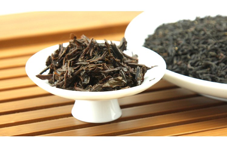 Famous Organic Yunnan Black Tea the Grace of Nature 5g bag