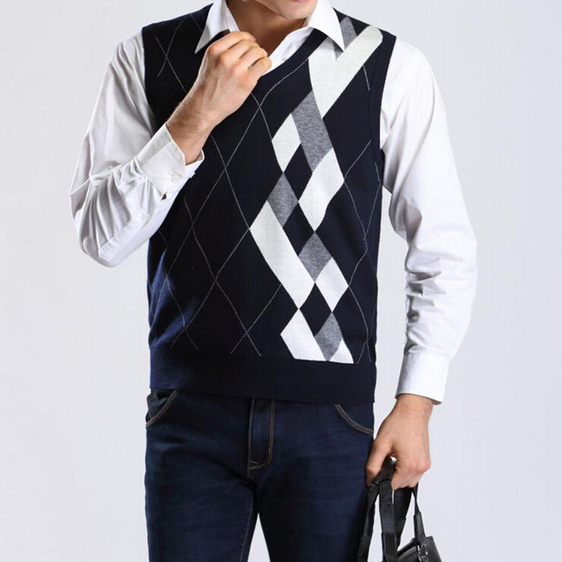2015 New Autumn Winter Men's Casual Knitted Sweater Vests Fashion Men Sleeveless V-Neck Knitwear Pullover Waistcoat(China (Mainland))