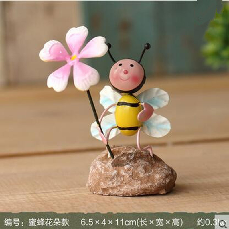 High Quality Baby Bee Tin Crafts Handmade Home Office Furnishing Articles Artware Creative Gift Far(China (Mainland))
