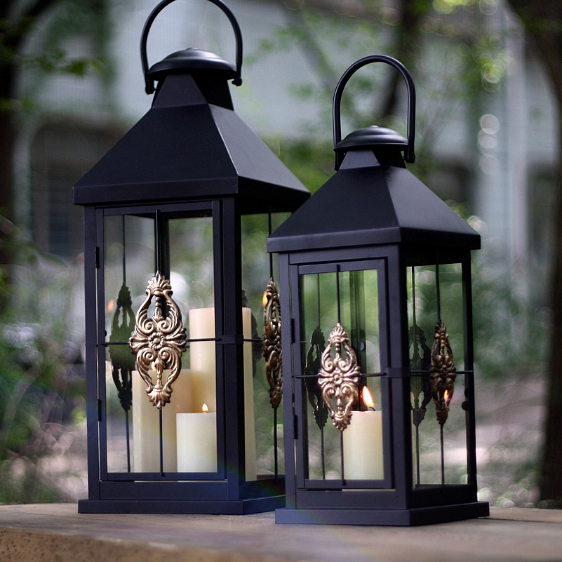 Brief fashion mousse vintage hanging portable iron metal glass lantern metalcrafts gold floral home garden decoration 656A(China (Mainland))