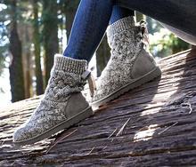 Nuevo Diseñador de la Marca Señora Australia Botas de Nieve de Las Mujeres Al Aire Libre Tejer Zapatos Botines de lana Chica de Moda Punta Redonda Lace Up Invierno botas(China (Mainland))