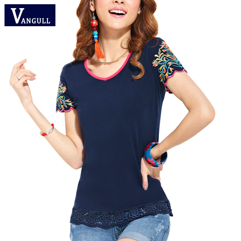 2017 Fashion Summer T-shirts Ethnic Elegant Lotus Petal Embroidery T Shirt New Cute Clothes For Women Large Size Casual Tops