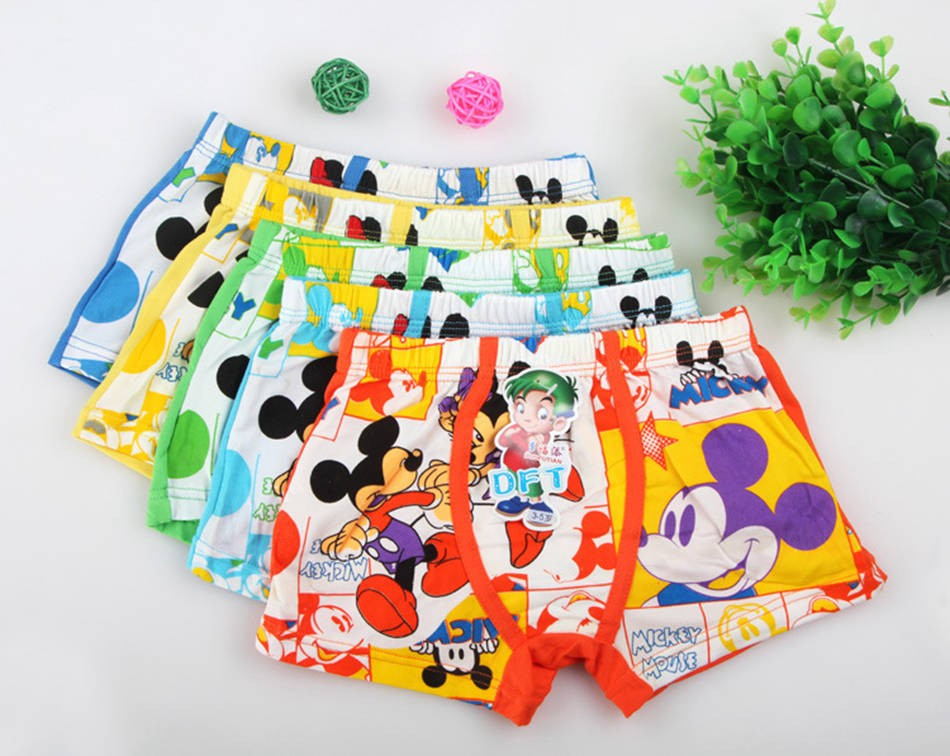 3pcs / Lot Cartoon Children Underwear Minions Mickey Hello Kitty Underwear Kids Boxer Boys Boys Girls Briefs 3-5 Years 7 Style