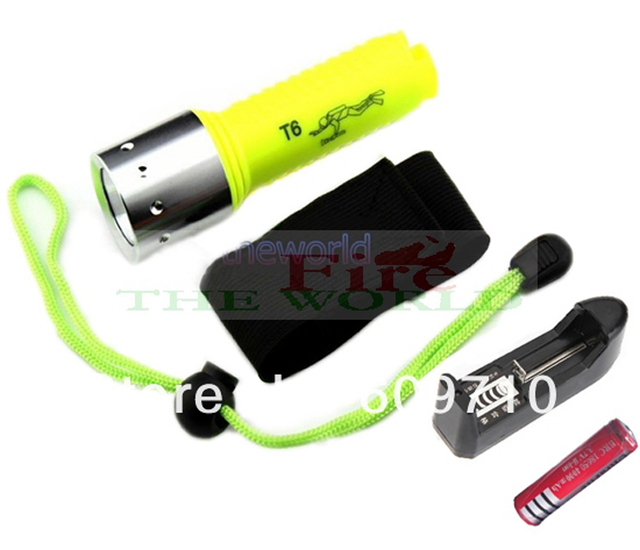 New Professional  Underwater Diving 1600 lm  Flashlight Torch LED Light Lamp Waterproof+1*4000mah 18650battery+charger