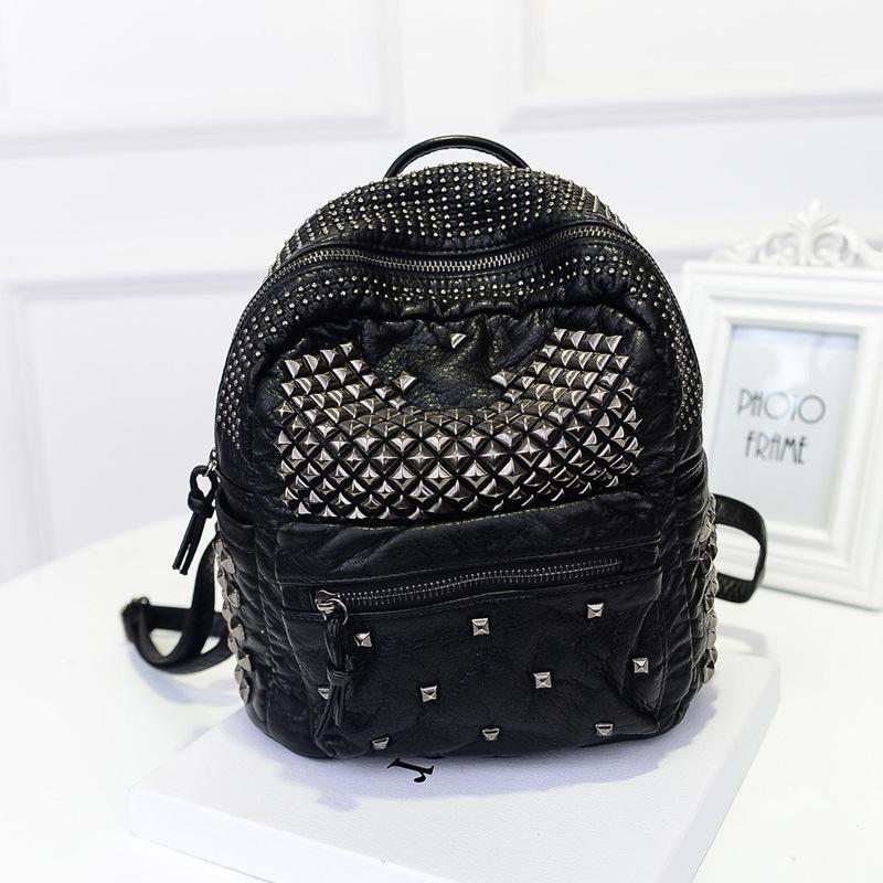 Women Bag Rivet Refinement Washed PU Leather Backpack School bags Women Rucksack European Trend Stachel Fresh women Shoulder bag(China (Mainland))