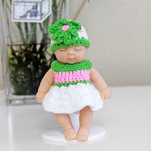 Variedade de roupas conjuntos de dormir boneca do bebê chaveiro pompom chaveiro chaveiro carro chaveiro feminino chaveiro saco pingente charme acessórios(China)