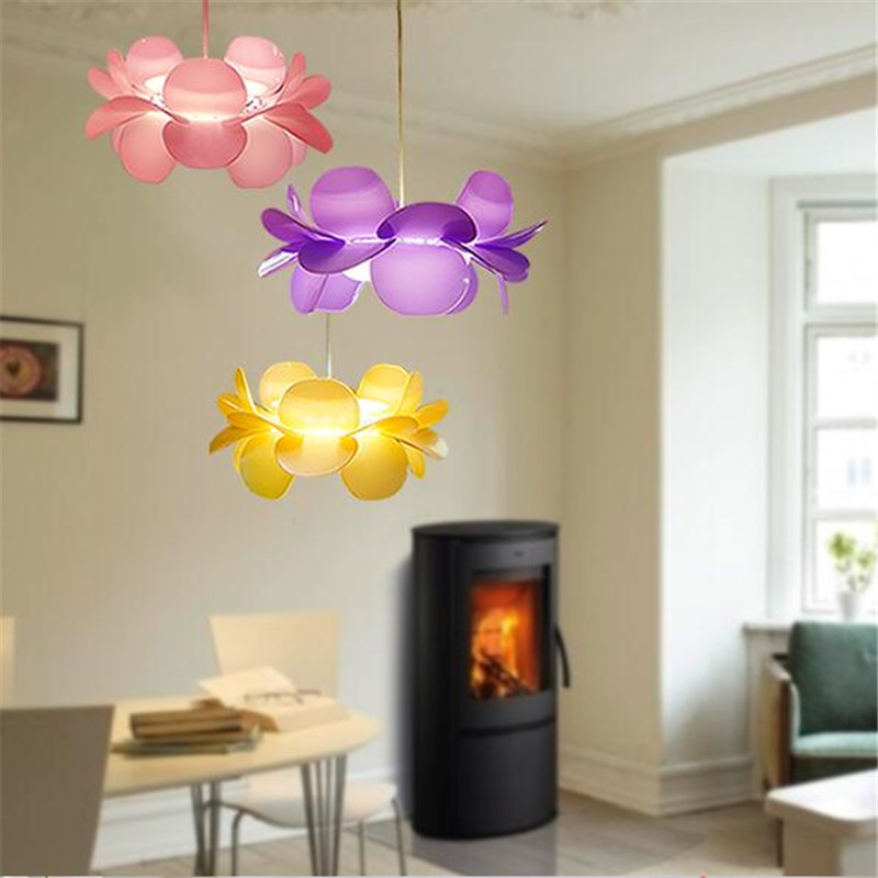 Creative 3 Colors Modern Fashion Creative Acryl Lotus Led Pendant Light for Dining Room Restaurant Living Room AC 80-265V 1379(China (Mainland))