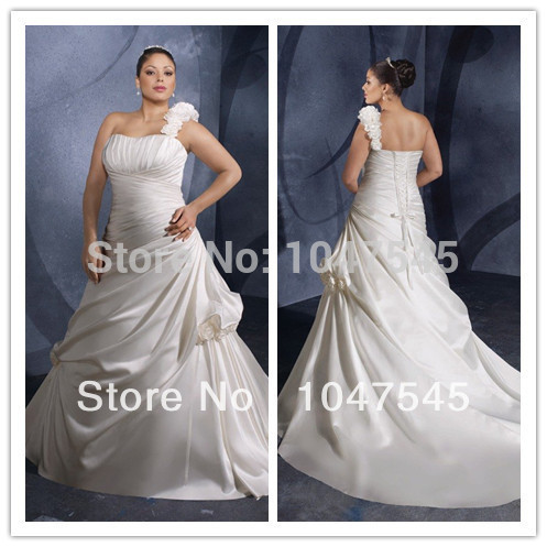 Flowers satin white ivory xxxl 2014 plus size court for Big white wedding dresses