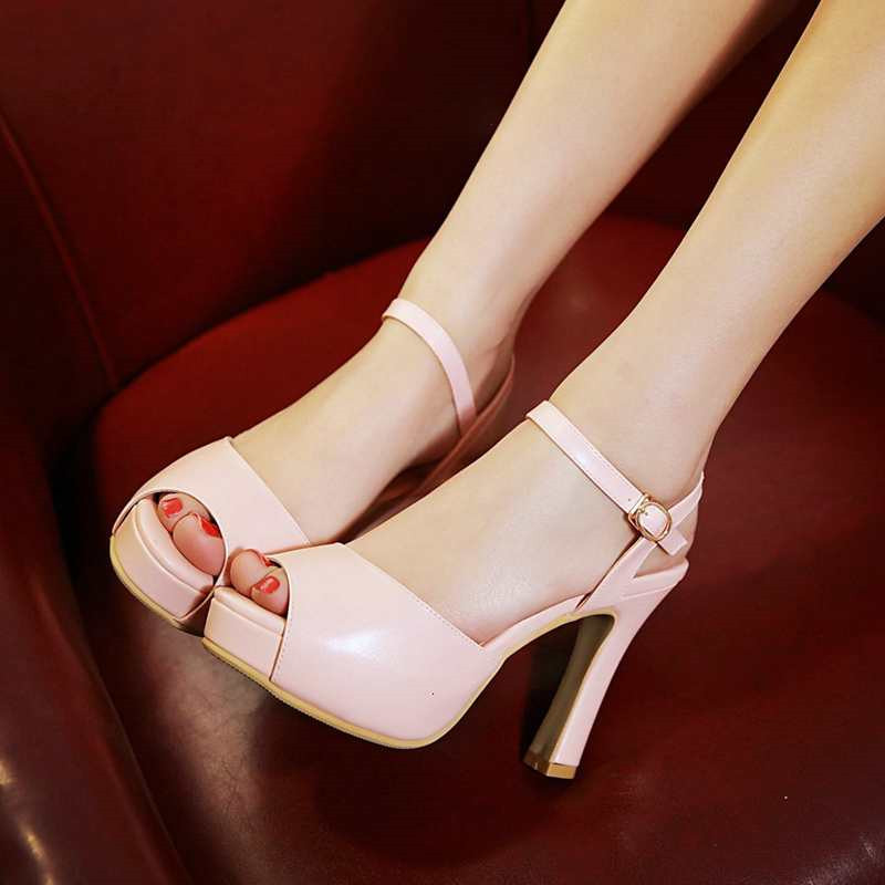 Women's Peep Toe Solid Front&Rear Strap Buckle Sandals Thick High Heels With Hidden Platform Summer Shoes Woman 2016